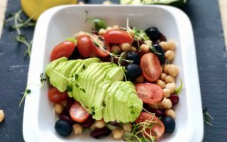 Beans with Chickpeas and Avocado (Also Suitable for Vegan)